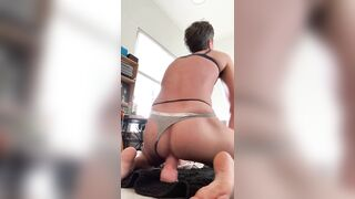 Sissy loser squirts screwing 9 inch vibrator and gapes boi snatch